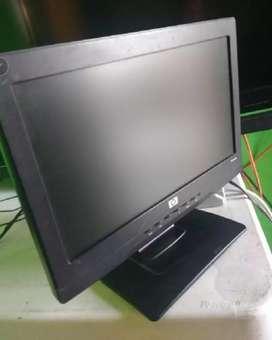 Vendo monitor de 15 pulgadas h p barato