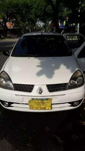 Hermoso Renault Clio
