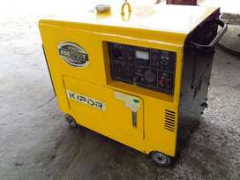 GENERADOR ELECTRICO KIPOR KDE 6700T 5000WATTS 120V-240V DIESEL 60 HZ