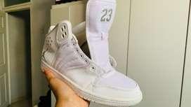 Jordan blancas originales