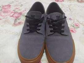 Zapatos DC shoes talla 8