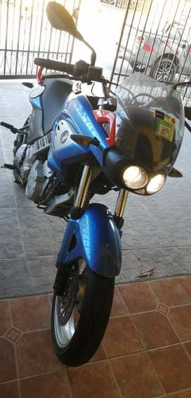 Vendo moto BMW impecable
