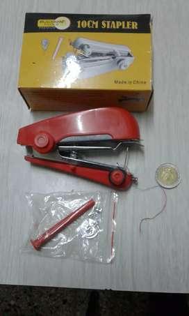 Mini maquina de coser de bolso