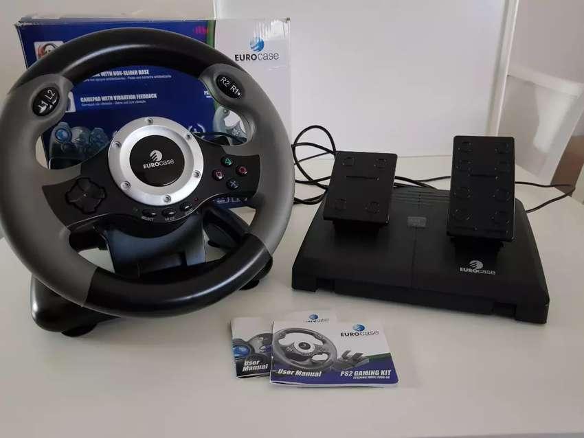Volante + pedalera PS2 y PC Eurocase (Steering Weehl EUGA 68)