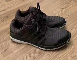 Zapatillas Adidas , buen estado talla 39