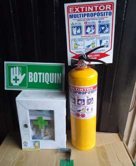 Kit de extintor más botiquín