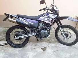 Vendo  moto SUKIDA MT200