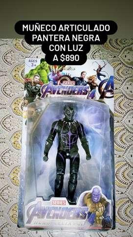 Pantera negra. Muñeco articulado con luz. A $890!