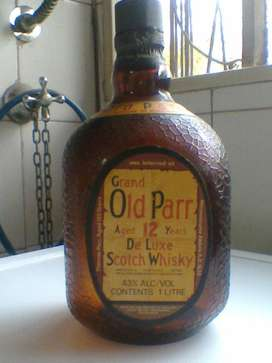 Botella Antigua De Whisky Escocesa Old Parr ! Impecable!