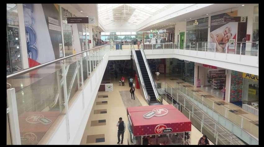Arriendo local plazoleta de comidas  centro comercial casa blanca Madrid 0