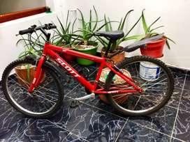 Se vende bicicleta, precio negociable