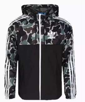 Campera Rompeviento Adidas camuflada