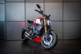 Ducati Diavel 1260 s Red 2021