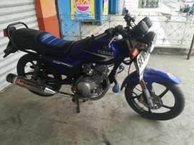 Venta de moto Yamaha marca yb125