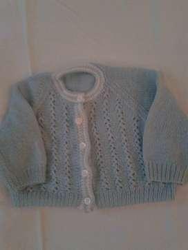 saquito tejido lana 4-6meses hermoso