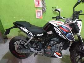 Vendo Moto Ktm 200 Km