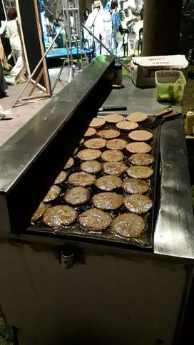 Carro de hamburguesas para eventos.