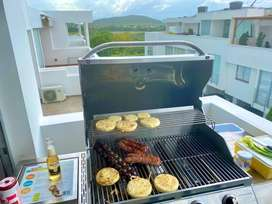 Se vende asador en acero inoxidable marca Chat Broil
