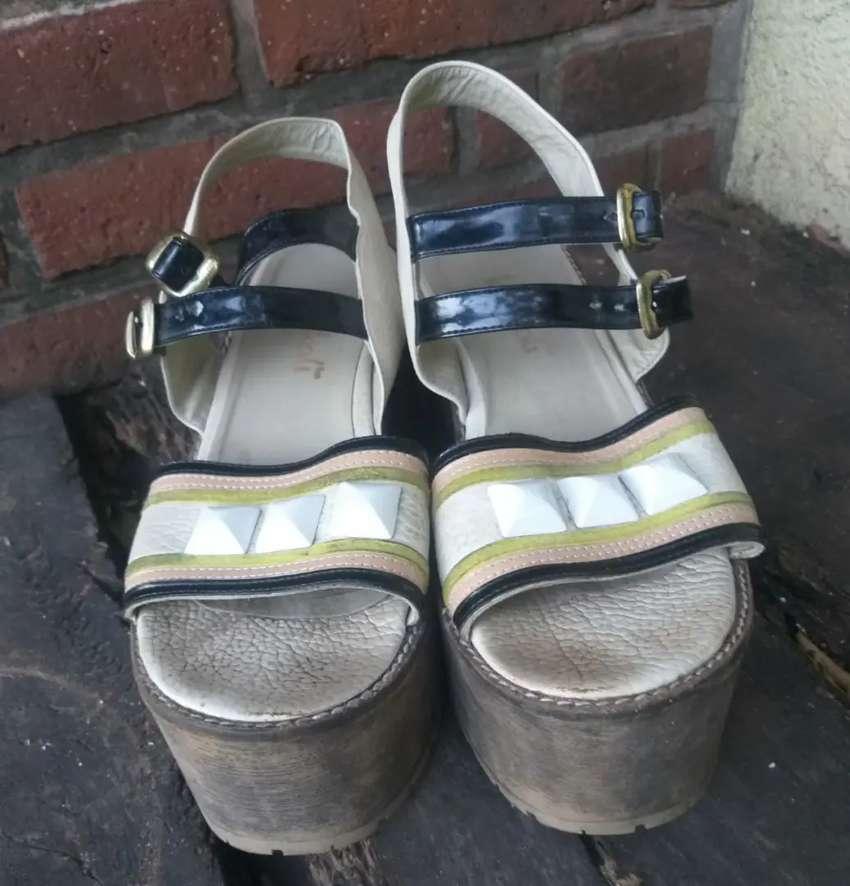 Sandalias usadas mujer 0