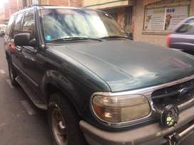 Ford Exploxer 96' (made in usa)