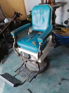 Antiguo sillón de barberia