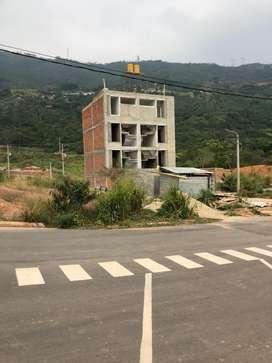 UNICOS LOTES DESENGLOBADOS EN GIRON DE 77 m2