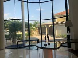 Alquiler de Casa en Samborondon con o sin amoblar