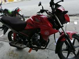 Se vende, moto honda año 2013