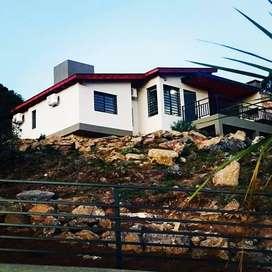 st12 - Cabaña para 2 a 6 personas con pileta y cochera en Villa Ciudad de América