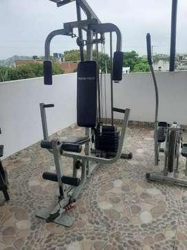 Maquina multifunsional fitness