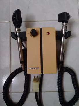 Otoscopio Welch Allyn Modelo 74710
