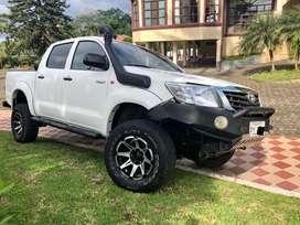 Vendo flamante Toyota Hilux 2015 a Diesel con aire acondicionado, matricula al dia