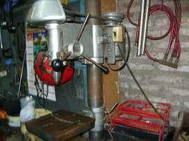 agujereadora industrial