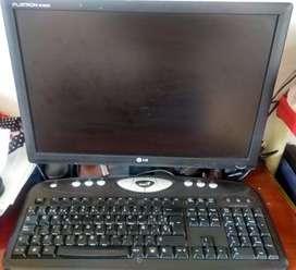 Vendo palatalla lcd para computador + teclado y cables