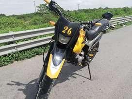 Vendo moto shineray 700,00