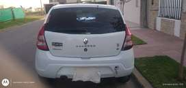 vendo Renault Sandero Pack 1.6 8V