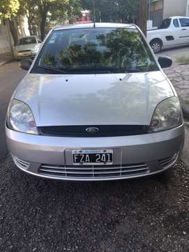 Vendo Ford Fiesta Max Ambient Plus