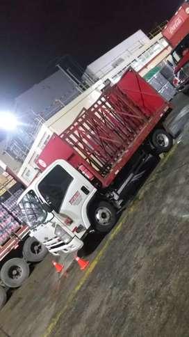 Vendo Camión Chevrolet Npr 2012 full A/C placas Guayas motor reparado  $21000