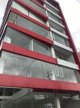 Venta de Oficinas Edificio OPAL Con Bodega Interna Sector La Y, Voz Andes, Av America Centro Norte de Quito