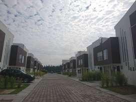 REB - Casa VIP, 3 dormitorios, Venta, Valle de Los Chillos 79 m², con terraza, Piscina