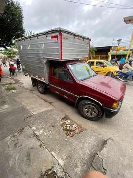 Se vende camioneta luv 2300 furgon