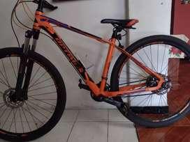 Vendo bicicleta prácticamente nueva