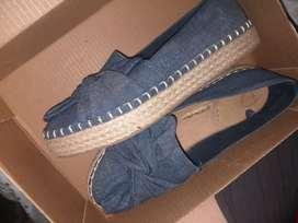 Zapatos en tela jean