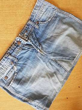 Pollera jean wrangler medium