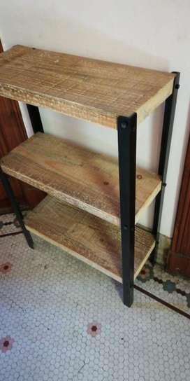 Mesada hierro y madera
