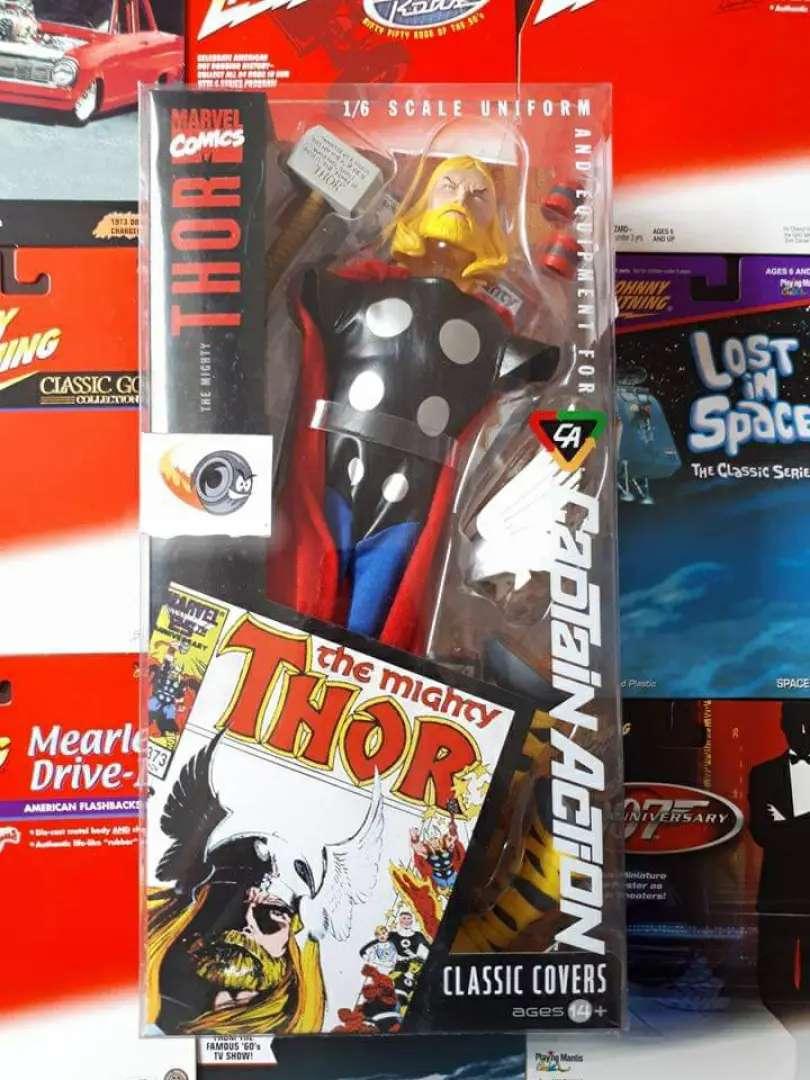 Thor marvell uniform set capitán action 30cm  DC comics