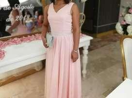 Vestido rosado elegante para fiestas