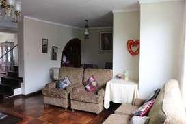 Espaciosa casa frente a parque en San Borja - OHO2251818