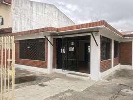 BODEGA Y OFICINAS DE ARRIENDO EN CUENCA SECTOR AVE. PASEO DE LOS CAÑARIS