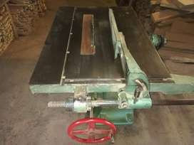 exelente maquinas de carpintería muy buen estado de las maquinas.